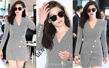 """365 khoảnh khắc """"mợ chảnh"""" Jeon Ji Hyun đi sự kiện: Khí chất đúng chuẩn đại minh tinh, body nuột nà đáng nể"""