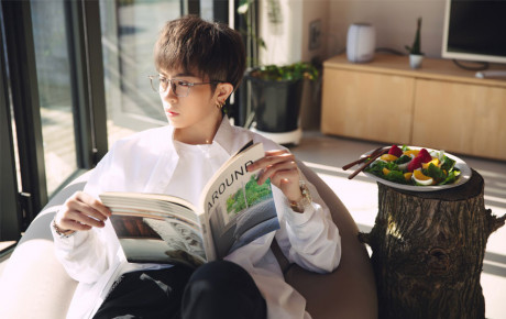 """Tung bộ ảnh chuẩn soái ca, Gil Lê comeback với """"Người mình yêu chưa chắc yêu mình"""" lấy cảm hứng từ câu chuyện tình cảm của bản thân"""