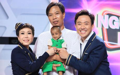Người Bí Ẩn nhận nuôi cậu bé tí hon cao 60cm lấy nước mắt của Việt Hương và Trấn Thành