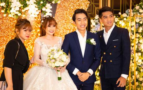 PewPew công khai xuất hiện cùng bạn gái tại đám cưới Cris Phan