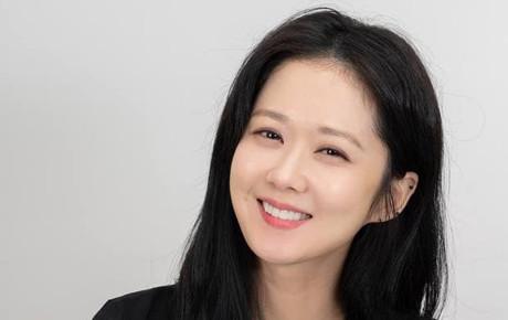 Jang Na Ra gây ngỡ ngàng với nhan sắc trẻ đẹp xứng danh 'mỹ nhân không tuổi'