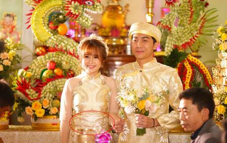 Nghi vấn: Qua một dòng bình luận, Cris Phan đã vô tình tiết lộ việc Mai Quỳnh Anh đang mang thai?