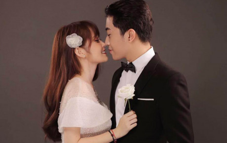 """Trước thềm đám cưới """"siêu to khổng lồ"""" của hot Youtuber Cris Phan - Mai Quỳnh Anh, fan lục lại khoảnh khắc lầy lội siêu cấp của cặp đôi"""