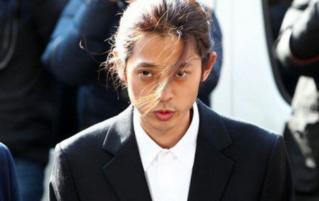 Tin nóng về chatroom bê bối của Jung Joon Young: Một nhân vật cuối cùng đã bị buộc tội