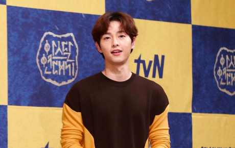 Ơn giời! Song Joong Ki cuối cùng đã kể về vợ sau tin đồn ly hôn, tiết lộ cách cô động viên anh suốt thời gian qua