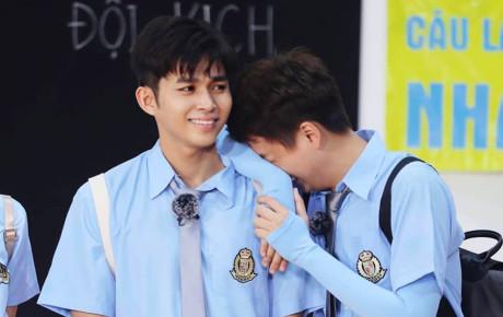 'Vũ đoàn' Trấn Thành, Ngô Kiến Huy và Jun Phạm nhảy 'Hai cô tiên' siêu lầy lội khiến fan cười… mệt mỏi