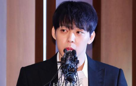 """Mở hẳn họp báo kêu oan, Yoochun bị cảnh sát """"dập lại"""" ngay với bằng chứng dùng chất cấm cùng Hwang Hana?"""