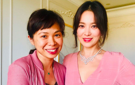 Song Hye Kyo lộ ảnh hậu trường đẹp lộng lẫy, lần đầu chính thức phỏng vấn sau vụ ly hôn 2.000 tỷ