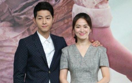 Truyền thông Hàn lên án fan Trung quan tâm thái quá tới nhẫn cưới của Song Hye Kyo - Song Joong Ki