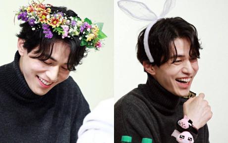 """Tội cho """"chú già đẹp trai"""" Lee Dong Wook: U40 vẫn bị fan bắt đội mũ tai thỏ, hoa bèo nhìn khổ tâm hết sức"""