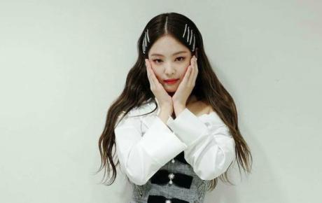 """""""SOLO"""" của Jennie cán mốc 300 triệu lượt xem, lập kỷ lục về lượt view của một nữ nghệ sĩ solo Kpop"""
