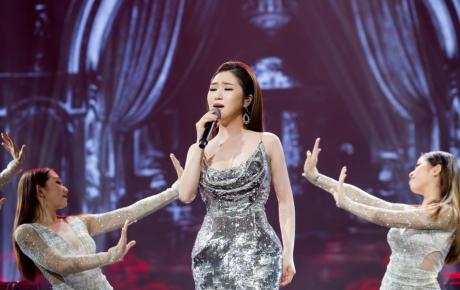 Vì tiền nhà, tiền học phí, Hương Tràm bắt đầu chạy show đầu tiên ở Mỹ