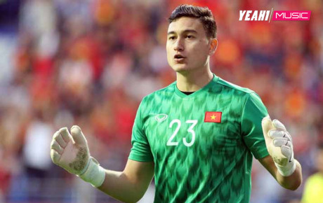 """""""Vệ thần thép"""" Văn Lâm bảo vệ tuyệt đối khung thành giúp Muangthong giành chiến thắng, fan hâm mộ không tiếc lời khen"""